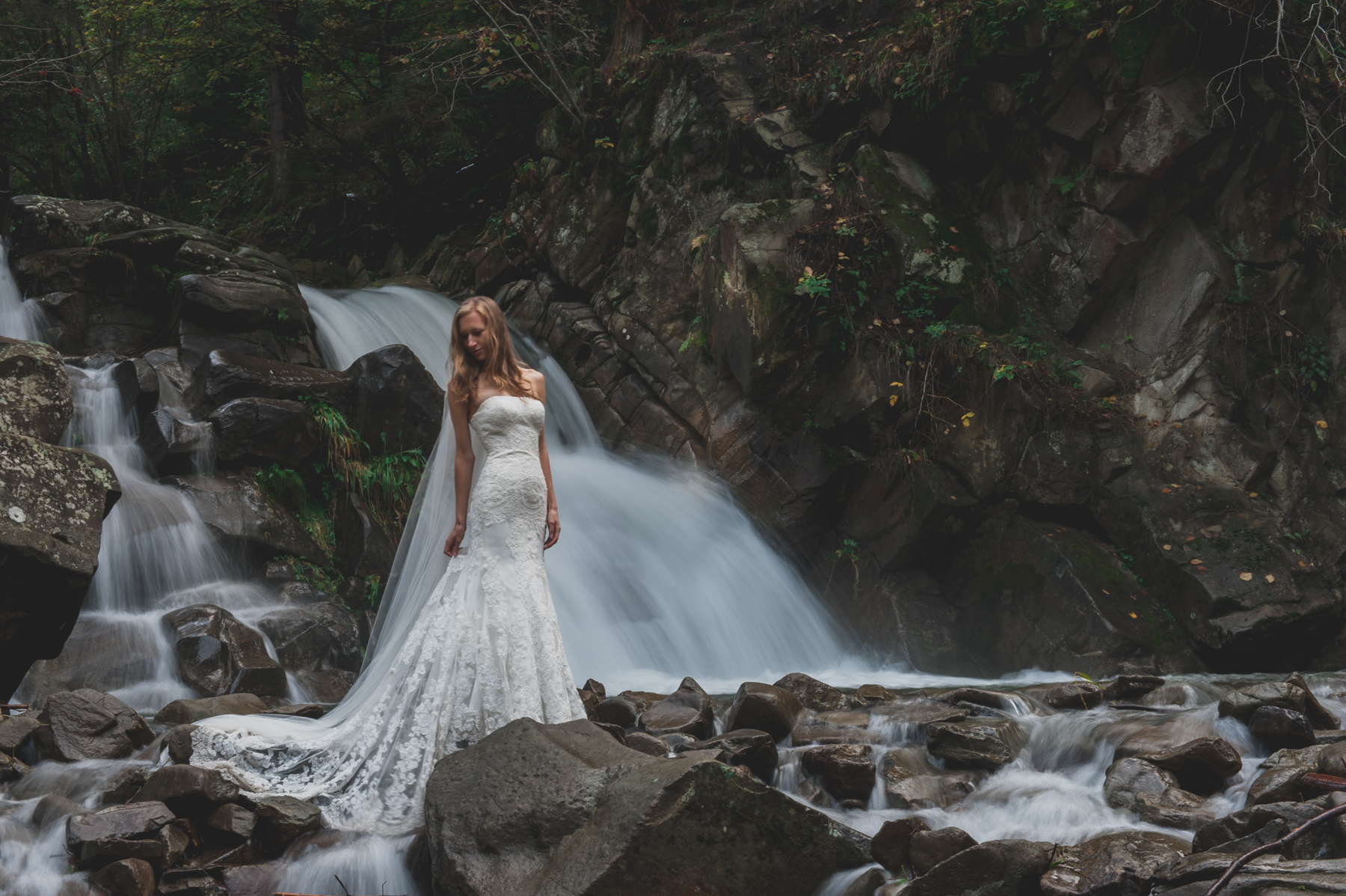 sesja-plenerowa-wodospad