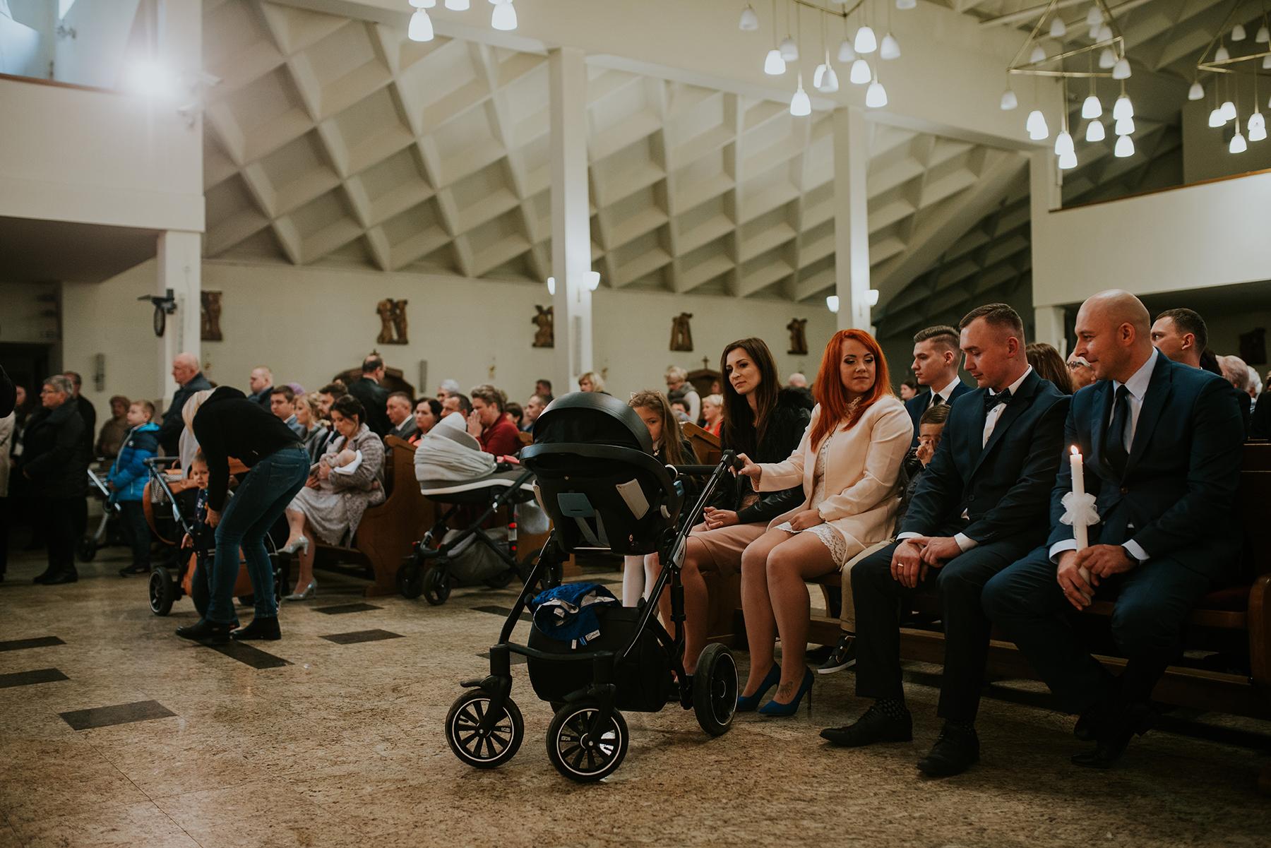fotograf na chrzest _ kubuś _chrzest święty _ wisienka na torcie